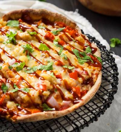 Chipotle BBQ Chicken Cast Iron Skillet Pizza